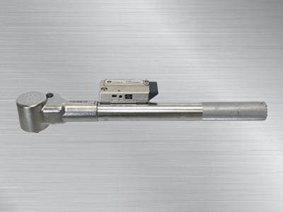 东日预置式防错扭力扳手QSPCAFH70N