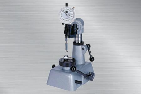 两瓣式测量系统精密测量台架
