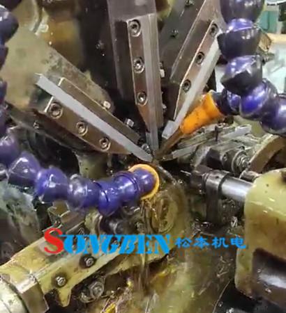 自动化排刀机