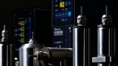 NSK的E3000系列的主轴能用以太网通讯吗?