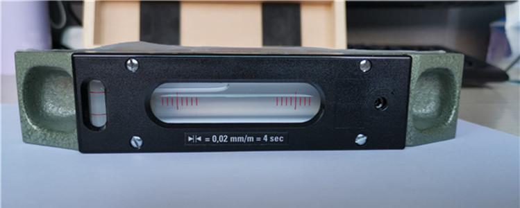 法国EDA气泡水平仪61R0.02