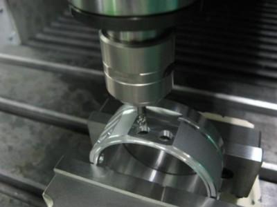 φ4mm铝铸件仿形铣削,NAKANISHI高速主轴BMS-4040切削面良好
