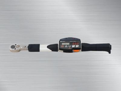 东日数字式扭力扳手CEM100N3X15D-BTS2