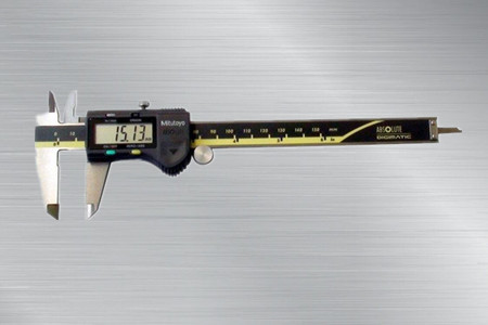 日本三丰Mitutoyo数显卡尺500-197