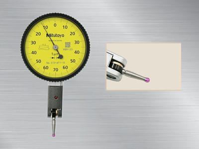 日本三丰杠杆千分表513-471-10E,513系列长测针型、红宝石测针型杠杆指示表TI-TI-111ERX,可以方便的测量普通指示表难以测量的凹面。采用非分离结构实现测量方向自动返转,防眩平面镜片带有防划涂层,红宝石测针型杠杆指示表,更耐磨损,非磁,非电导测针可用于放电加工机。